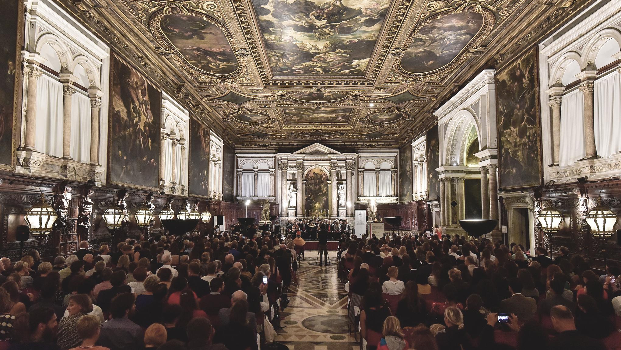 """Cerimonia di consegna dei Diplomi del """"Master Europeo in Diritti Umani e Democratizzazione"""" Anno accademico 2018/2019"""